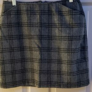 Gray plaid old navy skirt
